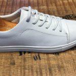 נעליים סניקרס